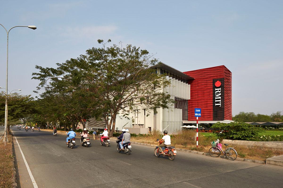 04-RMIT-Vietnam